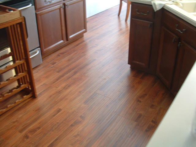 Lamton laminate flooring alyssamyers for Laminate flooring reviews