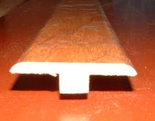 Laminate T-mold close up photo