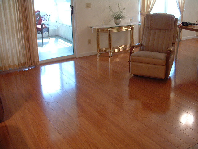 Merveilleux This Is Vanier Laminate Flooring That Looks Just Like Real Hardwood Floors  At Substantially Less.