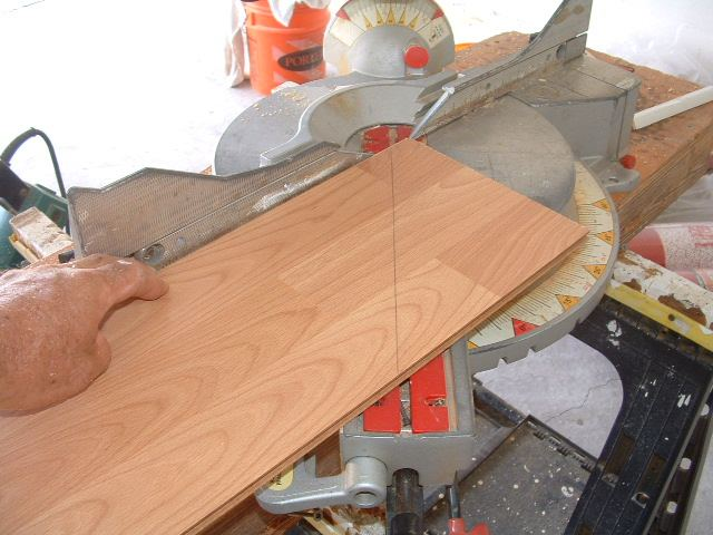 Cutting Angles When Installing Laminate Flooring Here You Need To Set The Correct Angle On