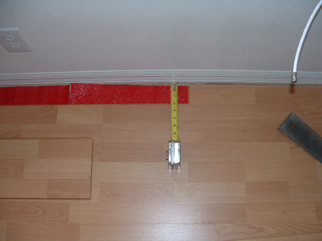 Installing The Last Row Of Laminate Flooring First Measure One End