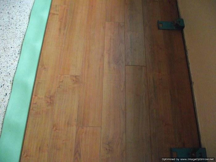 Toklo 15mm laminate flooring roasted hazelnut for Toklo laminate flooring reviews