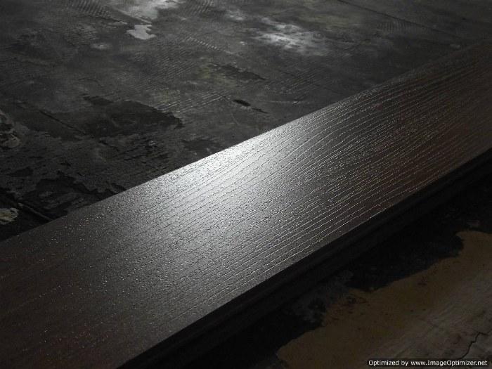 Lamton Santa Maria 12mm laminate flooring, wood texture surface.