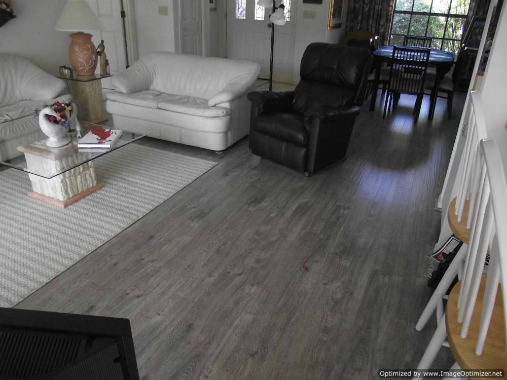 Laminate flooring shaw laminate flooring dealers for Laminate flooring stores