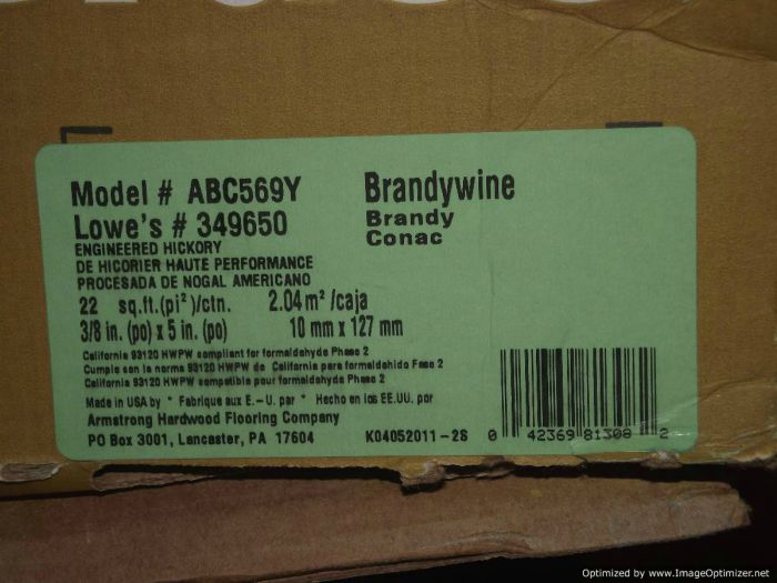 Bruce engineered hardwood flooring box label from Lowes