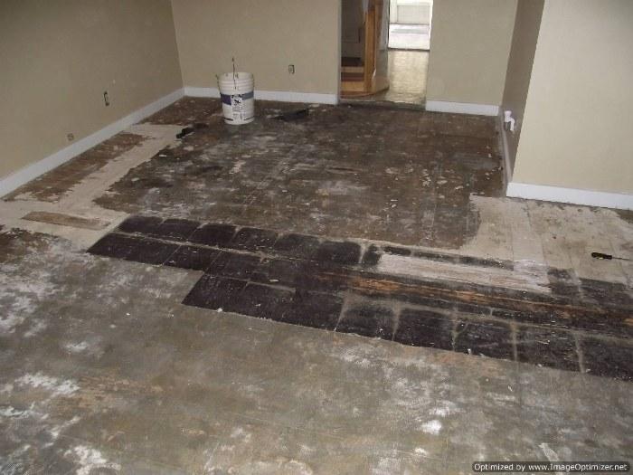 this is the before photo before i will install lamton santa maria 12mm laminate flooring
