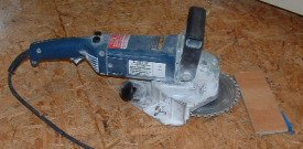 Eletric jamb saw, for cutting door casings